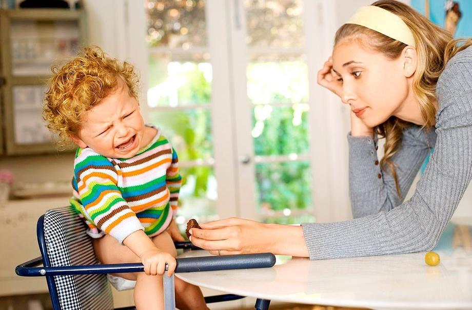 Как остановить истерику ребенка?