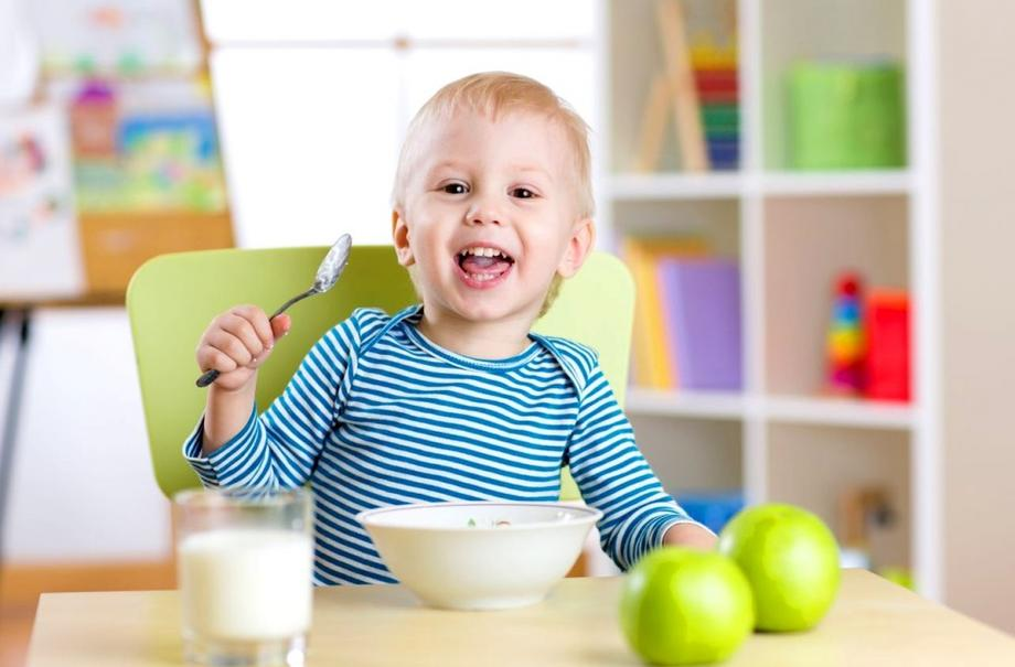 Развитие навыков самообслуживания у малышей