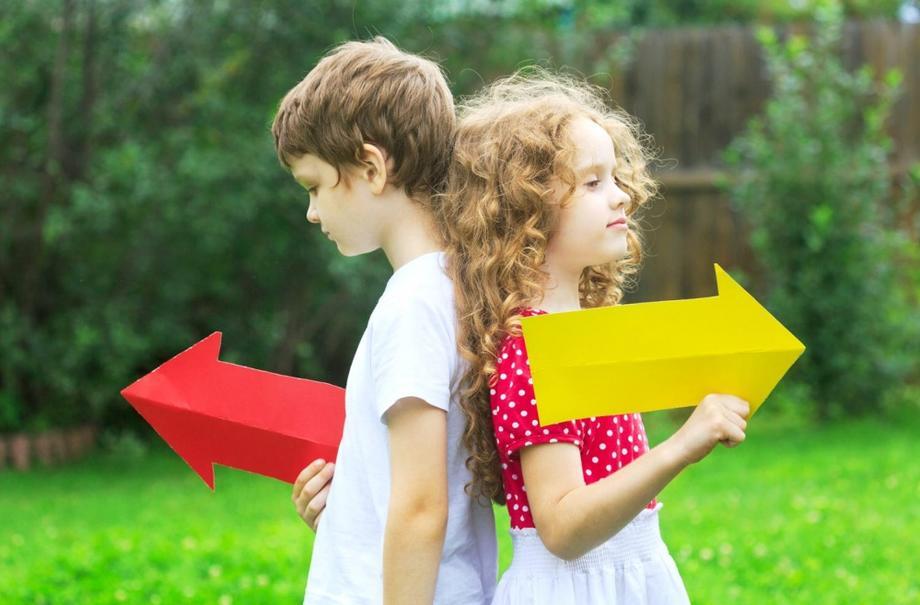 Ребенок путает «право» и «лево»: как научить дошкольника ориентироваться в пространстве