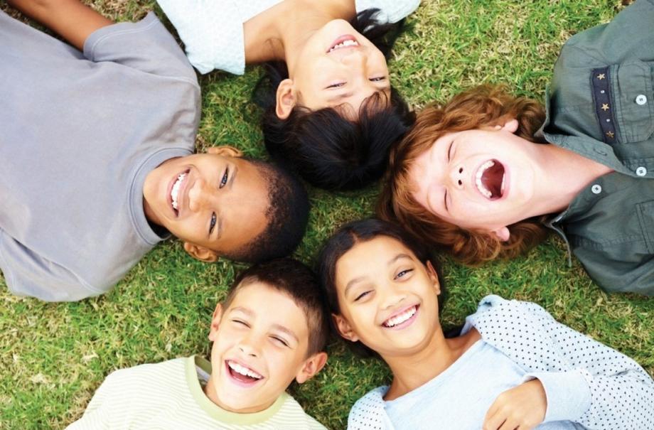 Как и зачем развивать в ребенке чувство юмора?