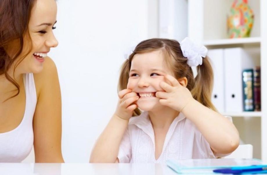 Как в домашних условиях научить ребенка выговаривать звук «Р»