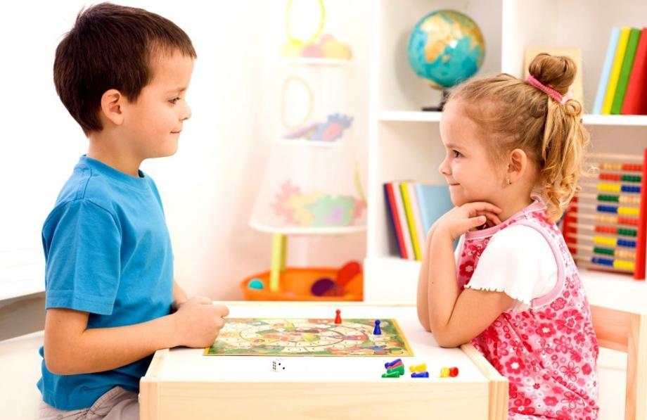 Календарь развития: что должен уметь ребенок в 4 года