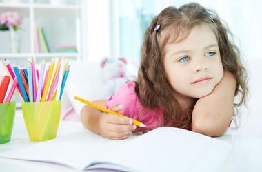 Как определить, левша или правша ваш ребенок