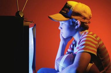 Можно ли дошкольнику смотреть телевизор?