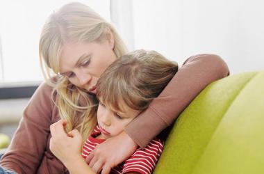«Извини меня»: почему важно извиняться даже перед маленькими детьми?