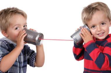 Как малыши осваивают звуки речи?